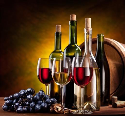 http://static.gotujmy.pl/FULL_SIZE/domowe-wino-poradnik-choroby-wina-20899.jpg