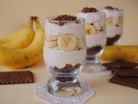 Bananowa śmietanka  - Taki deserek powstaje bardzo szybko, wiec polecam!