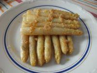Białe szparagi z zasmażką