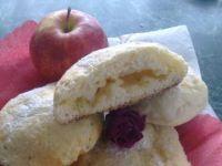Bułki drożdżowe z jabłkiem