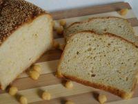 Chleb drożdżowy z ciecierzycą