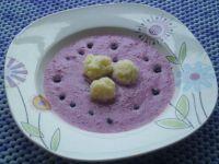 Chłodnik jagodowy z kluseczkami ryżowymi
