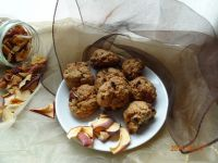 Ciasteczka z jabłkami, orzechami i czekoladą