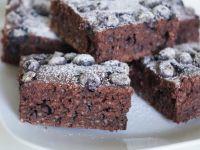 Ciasto kakaowe z borówkami i kuskusem
