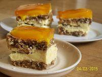 Ciasto kora orzechowa z brzoskwiniami