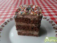 Ciasto tortowe z masą czekoladową.