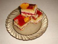 Ciasto z brzoskwiniami i ananasem