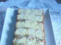 Ciasto z gruszkami i posypką orzechową