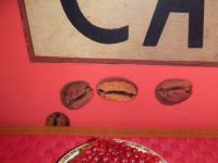 Ciasto z kaszy manny z galaretką i porzeczkami
