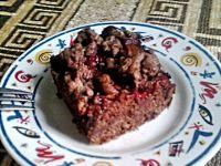 Czekoladowe ciasto drożdzowe z truskawkami