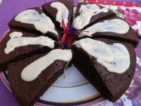 Czekoladowe ciasto z białą czekoladą