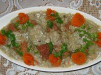 Czosnkowe paluchy w pieczarkowym sosie