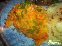 Duszona marchewka z białą rzodkwią