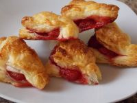 Francuskie pierożki – ciasteczka z truskawkami