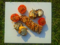 Grillowana polędwiczka z pomidorami i grzankami
