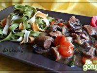Gulasz wieprzowo - warzywny do makaronu