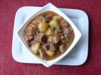 Gulasz wieprzowy z ziemniakami