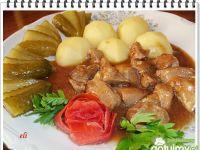 Gulasz z sosem pieczeniowym Eli