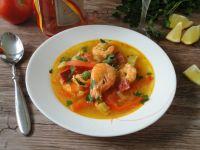 Hiszpańska zupa krewetkowa z chorizo