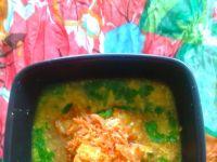Indyjska słoneczna zupa z kurczakiem