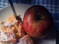 Jabłecznik z połówkami jabłek