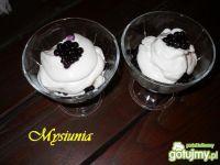 Jagodowy deser z mascarpone
