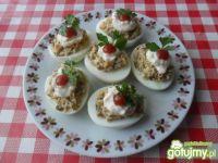 Jajka faszerowane pieczarkami ..