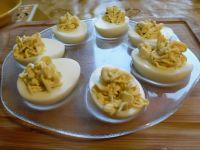 Jajka faszerowane serkiem