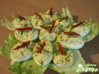 Jajka faszerowane z dodatkiem rzeżuchy