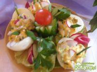 Jajka faszerowane z pieczarkami...