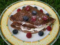 Kakaowe naleśniki z mascarpone i owocami