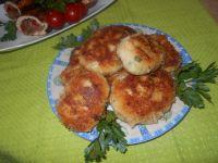 Kalafiorowe kotleciki z sałatą