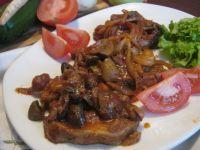 Karkówka w sosie keczupowo-chrzanowym