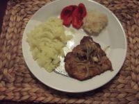 Karkówka z ziemniakami i papryką