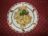 Kasza jaglana z białą kiełbasą i pieczarkami