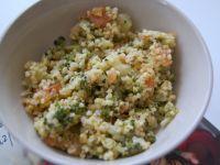 Kasza jaglana z pomidorami i brokułem
