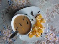 Kawa pomarańczowa z goździkami