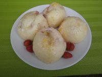 Kluski na parze z truskawkami