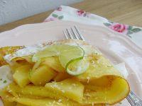 Kokosowe naleśniki z jabłkiem i limonką