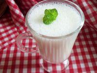 Koktajl jogurtowo-ananasowy