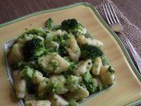Kopytka z brokułem