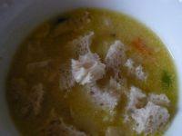 Kremowa zupa z chlebem