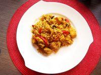 Kurczak curry z makaronem
