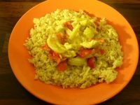 Kurczak w sosie curry z pieczonymi paprykami