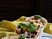 Limonkowo-miętowe naleśniki z serem i brzoskwinią
