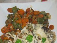 Lin w śmietanie z mixem warzyw