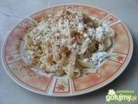 Makaron z białym serem i cynamonem