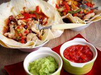 Meksykańska fajita drobiowa w tortilli