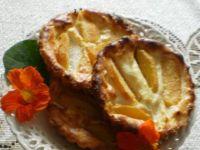 Mini serniczki z brzoskwiniami:
