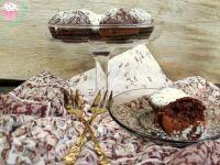 Muffinki z colą i orzechami